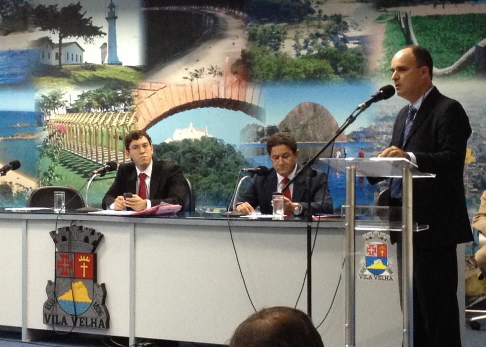 Ricardo Chiabai alerta sobre riscos de acidentes nos calçadões de Vila Velha