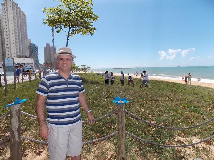"""""""Vegetação de Restinga cumpre um importante papel em nossas praias"""""""