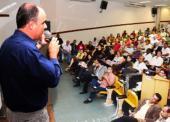 Apresentação do projeto Calçada Legal para os moradores de Vila Velha no Conversa Aberta da PMVV