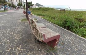 Problemas na Praia da Costa