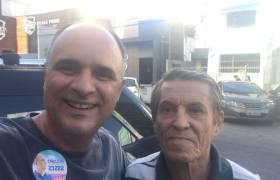 Com um amigo de Santo Antônio, Vitória