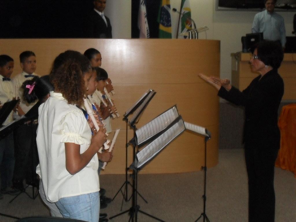 Ecletismo marca solenidade do Dia do Músico na Câmara da Serra