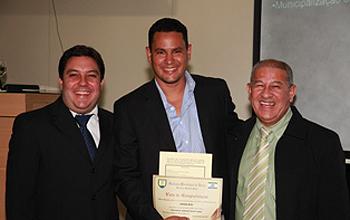 Fotógrafo Edson Reis recebe homenagem na Câmara Municipal do vereador Bruno Lamas