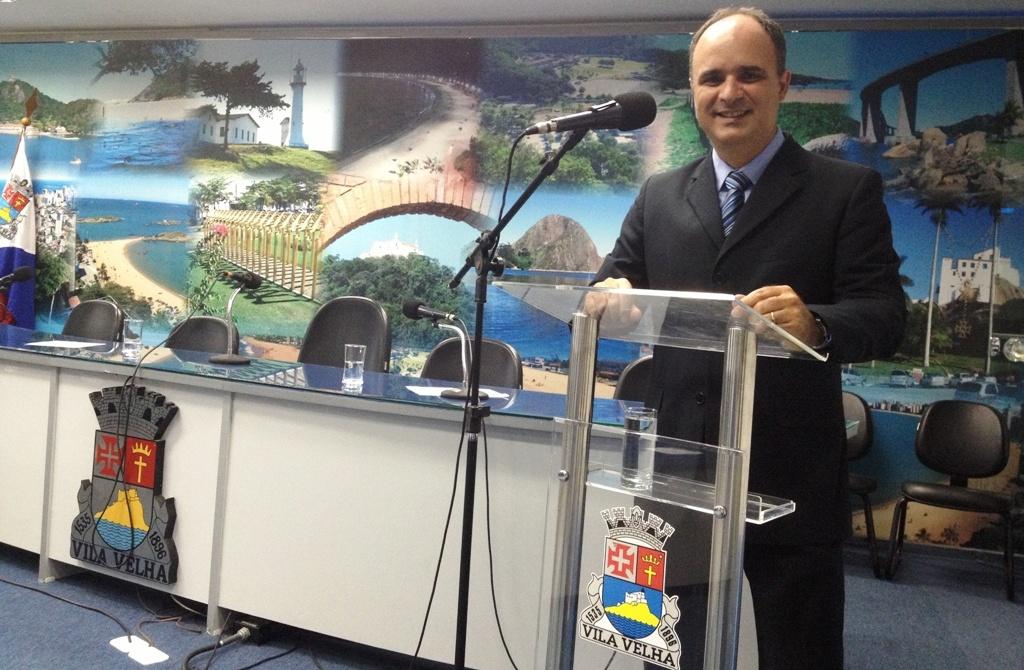 Ricardo Chiabai toma posse e assume a Comissão de Assistência Social