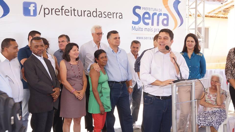 Bruno Lamas participa da entrega de imóveis às famílias prejudicadas pelas chuvas