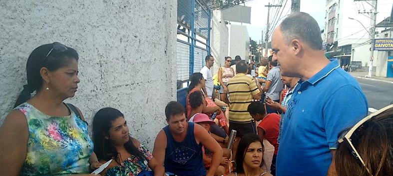 Chiabai sugere agendamento on-line para diminuir filas em Vila Velha