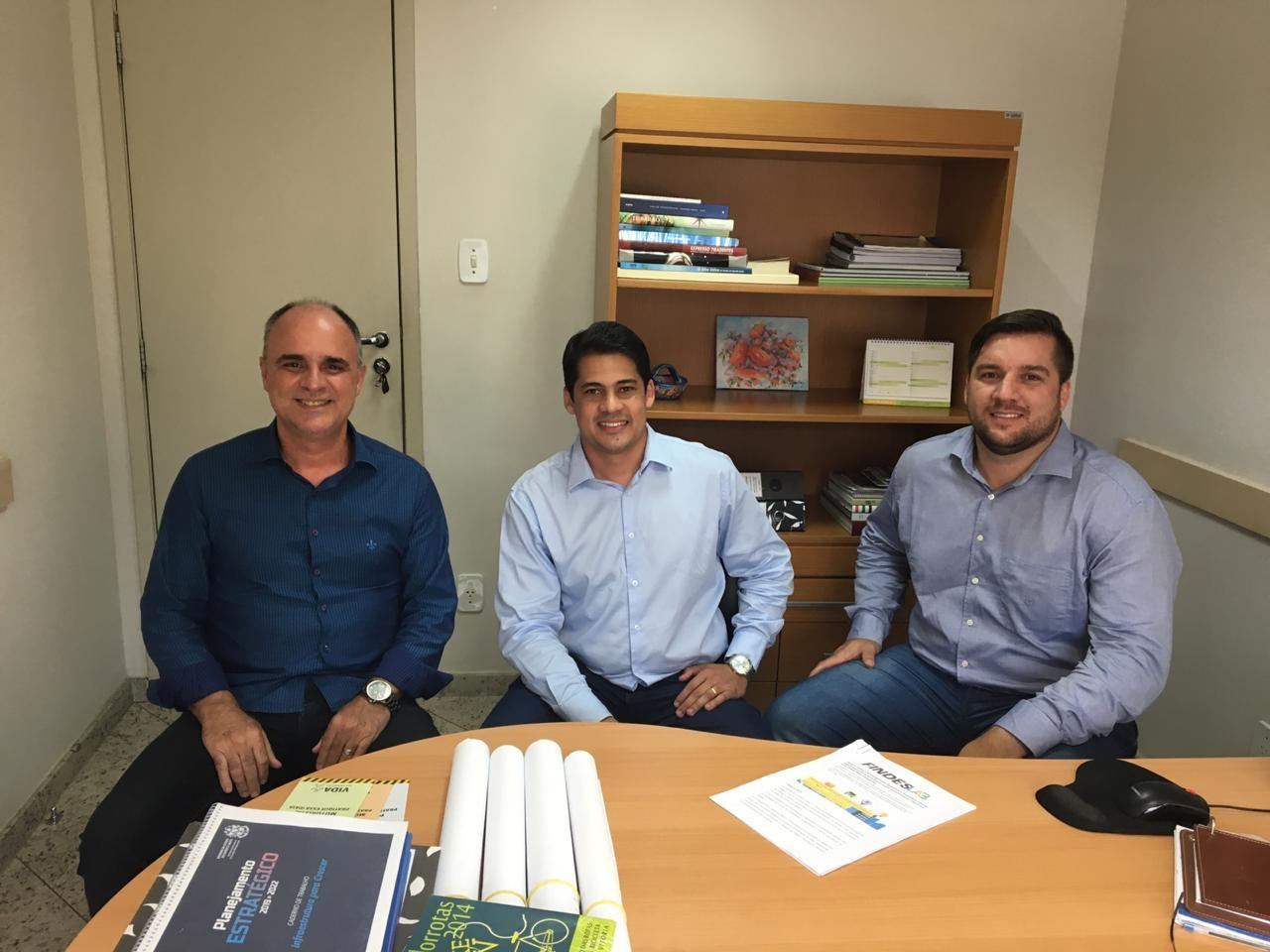 Recebi os amigos Hegace Estevão e Felipe Chiabai para conversarmos sobre inovações tecnológicas para a Mobilidade Urbana.
