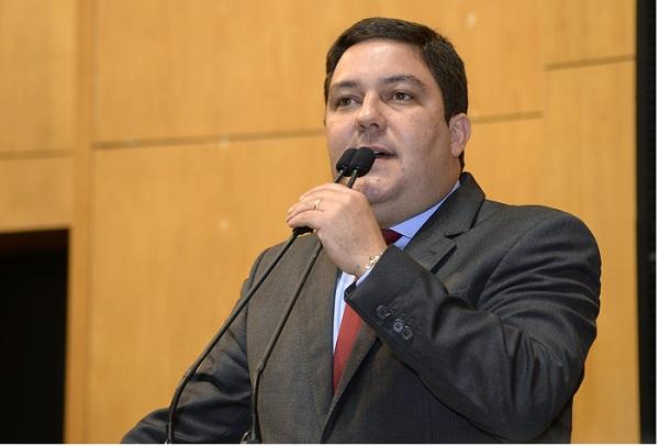 Bruno aponta motivos para efetivo da PM ser insuficiente e propõe soluções para Segurança