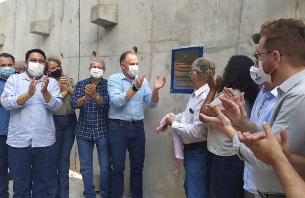 Casagrande destaca parceria com deputado e prefeito na entrega de obras em Alfredo Chaves