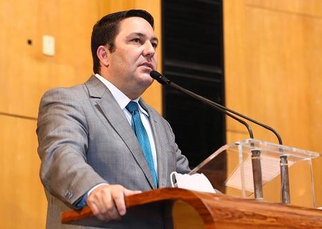 Após articulação de Bruno, governo envia à Assembleia projeto que garante Bônus Desempenho 2021 aos profissionais da Educação