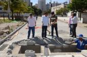 Visita as obras de drenagem e pavimentação do Parque das Castanheiras/ P. Costa