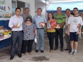 Entrega de Alimentos à Apae de Vila Velha