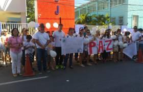 """""""Caminhada pela Paz"""" com pais do Colégio São José - Centro"""
