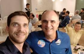 Jantar de adesão candidatura de Edmar Camata na Praia da Costa, Vila Velha